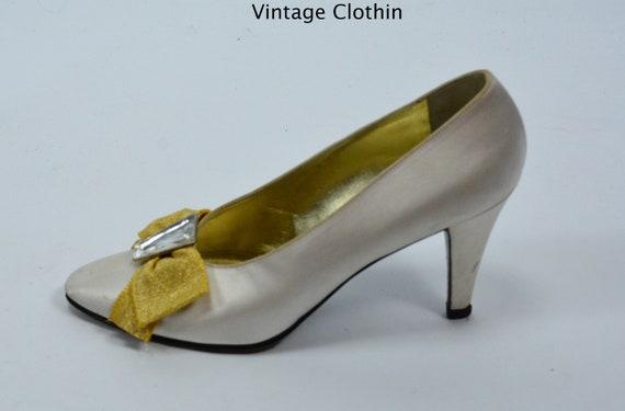 50ee099b8d 1980s Vintage Yves Saint Laurent Shoes, YSL Shoes, Pumps, Satin Shoes,  Vintage Shoes, 1980s Shoes, Shoes, Vintage YSL Pumps, Vintage Pumps