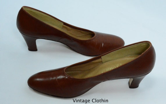 1980's does 1950s Penaljo Tan Brown Pumps, New Ol… - image 9