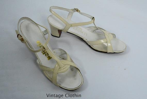 1971 Palizzio / L E Massey Bone T Strap Sandals, L