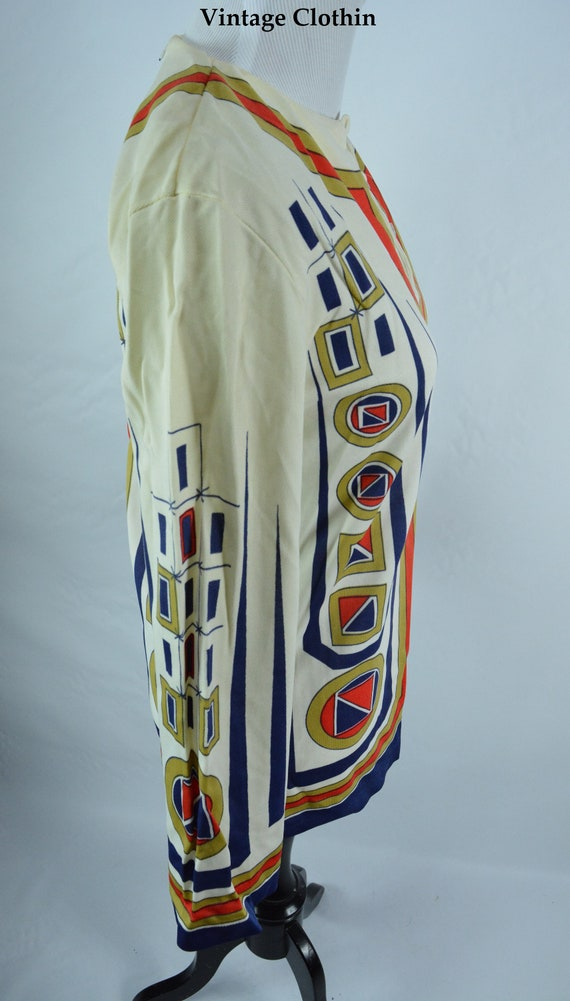 C1960s Ethnic Novelty Print Top, Mod Blouse, Vint… - image 6