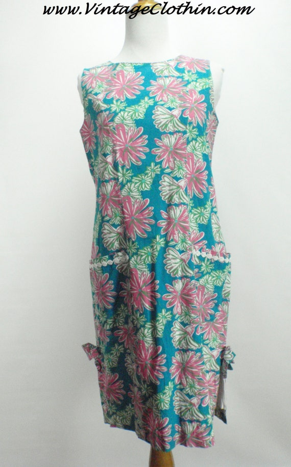 1990s Does 1960s Lilly Pulitzer Floral Shift Dress
