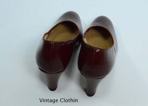 1980's does 1950s Penaljo Wine Color Pumps, New O… - image 5