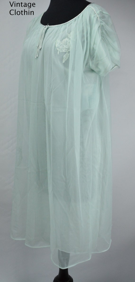 1960s Blue Baby Doll Nightgown with Floral Lace Ap