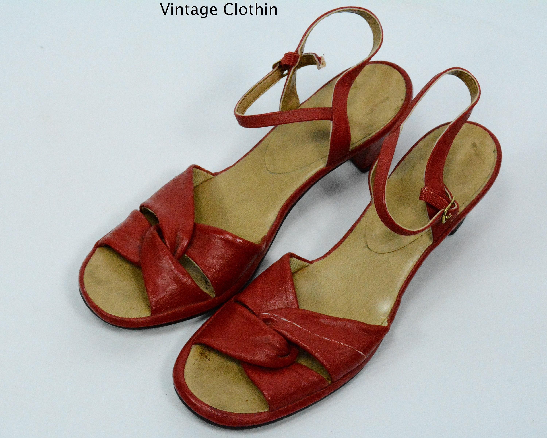 C1970s Red Sandals, 1970s Sandals, 70's Sandals, Red Sandals, 1970s Red Shoes, Vintage Sandals, 70s Red 1970s Shoes, Mod Sandals, Red Shoes, 70s Shoes 78fcf8