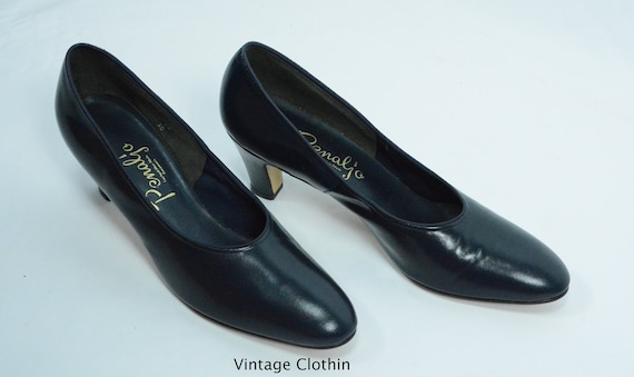 1980's does 1950s Penaljo Navy Blue Pumps, New Old
