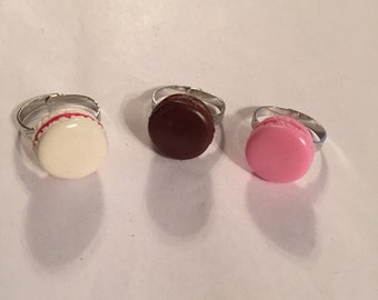 Cute realistic miniature French macaroon adjustable silver ring