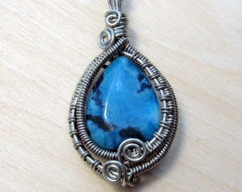 Blue Crazy Lace Agate Necklace, Wire Weave, Gemstone Jewelry, Handmade in Minnesota, Earthy Jewelry