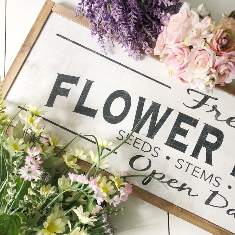 Fresh Flower Market Wood Sign // Spring Decor // Flowers // image 5