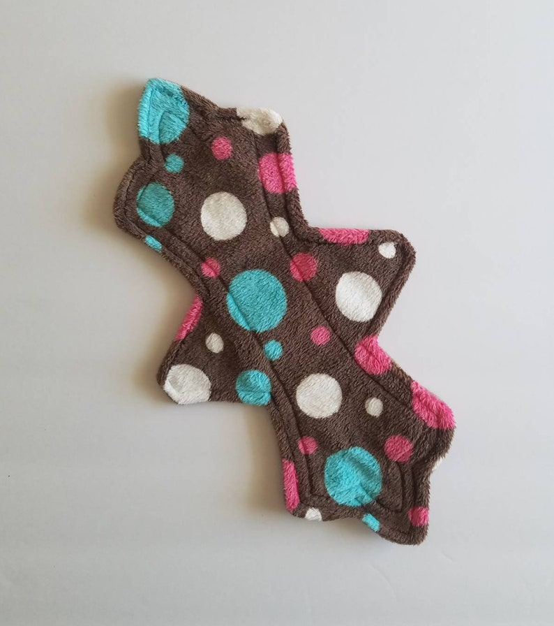 Reusable Cloth  Cloth Pad  Menstrual Pad  Incontinence Pad Absorbent  Washable  Natural  Easy Care  Economical  Stay Dry  Period