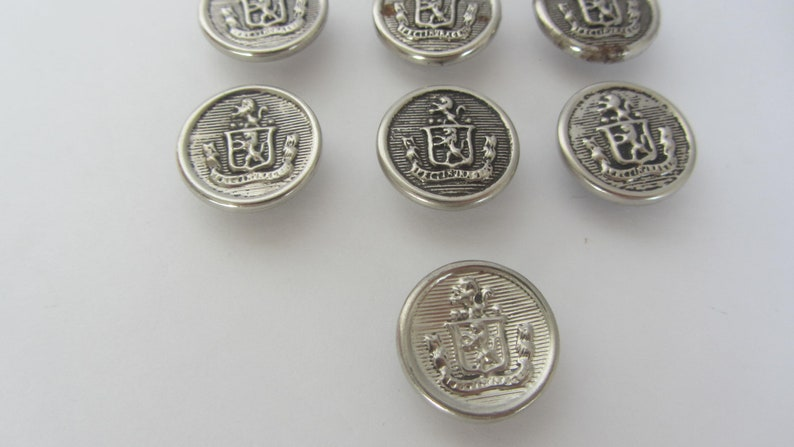 Eight silver color shank buttons Vintage Military buttons with Lion crest