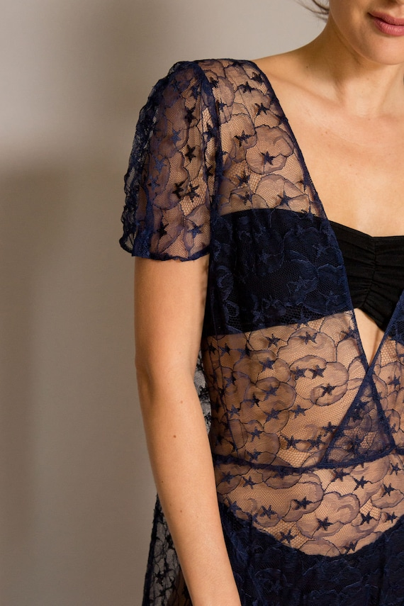 1930's Navy Lace Gown - image 4