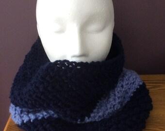 Crocheted colourblock cowl
