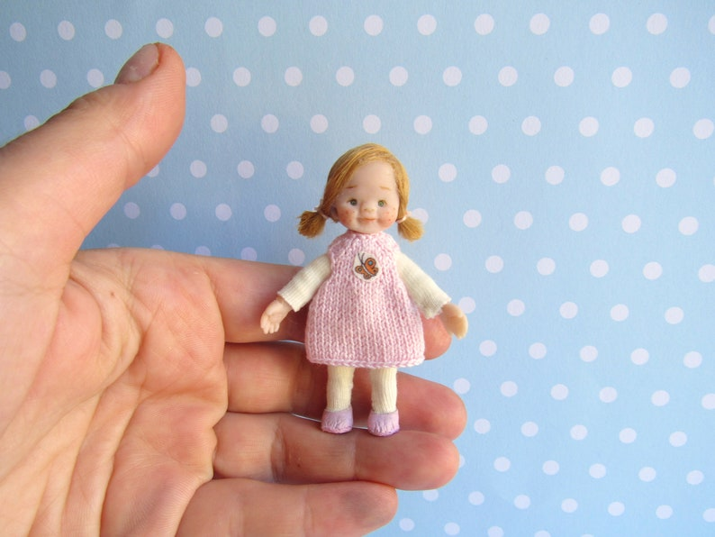 NEW Dollhouse Miniature wall decor frame picture cat /& girl cute adorable 1:12