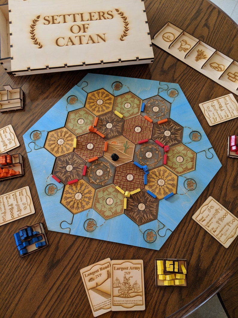 Catan Hand Painted 4 Player Custom Wooden Board Game With Engraved Wooden Storage Box