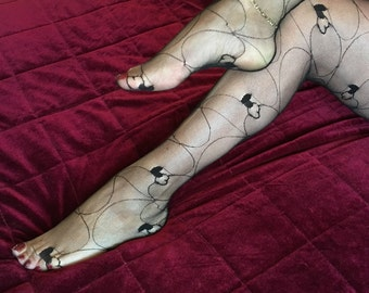 Classic 1980s Seamed Lace Pantyhose with Interlocked Heart Detail