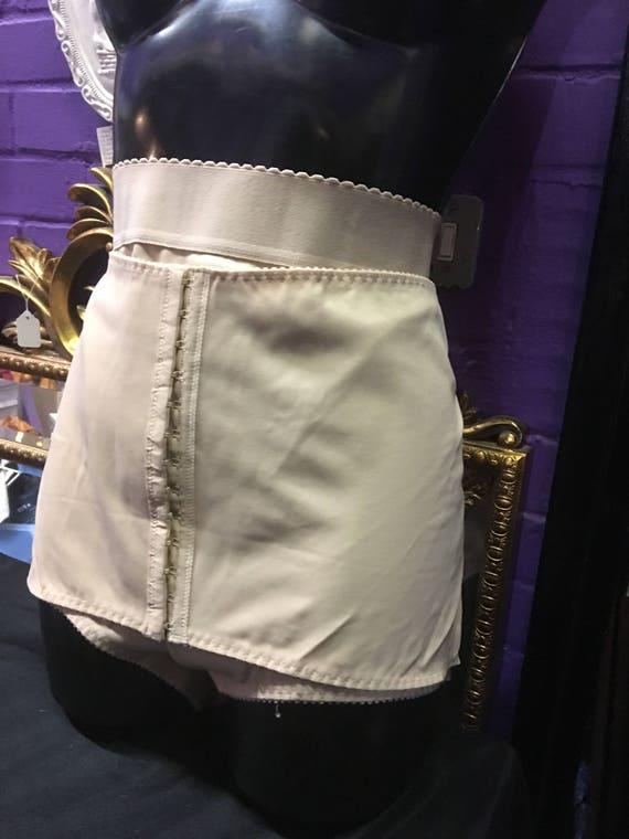 Ref 128 Flesh Coloured elasticated  shapewear panties by Triolet made in Belgium.