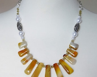 Yellow Necklace, Bib Statement Necklace,  Gemstone Necklace, Agate Necklace, Stone Necklace, Boho Necklace, Graduated Necklace, Yellow