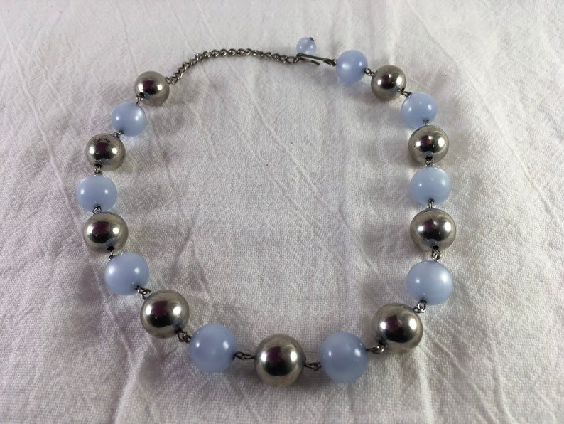 Elegant light blue moonglow thermoset and silver beads choker vintage necklace!