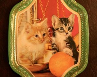 Tin Tray of 2 Kittens