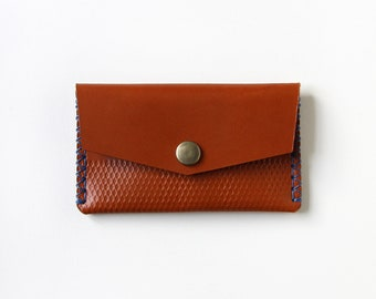 Handmade Vegetable Tanned Leather Pouch - Tan Leather & Blue Thread (LV04)