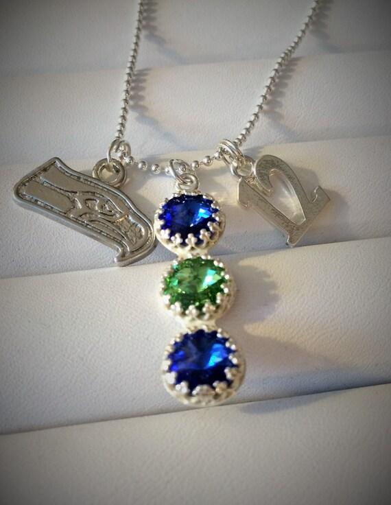 NFL Seattle Seahawks Dangle Earrings /& Chain Necklace Set Blue
