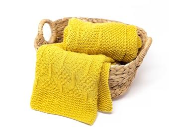 DIAMOND Knit Baby Blanket, Superwash Merino Wool Throw Blanket, Custom Newborn Afghan, Hand Knitted Expecting Mom Gift