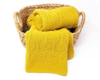 DIAMOND Knit Baby Blanket, Wool Throw Blanket, Superwash Merino Unisex Baby Afghan Blanket, Hand Knitted Expecting Mom Gift
