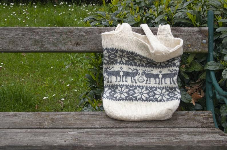 Selbu Deers Wool Knit Tote Bag with Interior Pockets in Nordic Moose Pattern Fair Isle Knitted Bag
