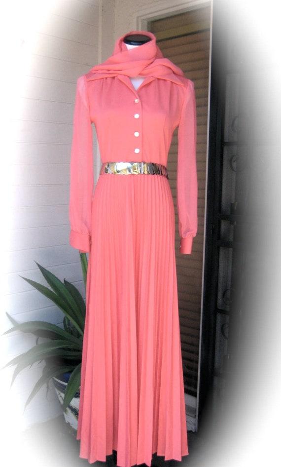 70s Elegance - Hot Pink Evening Dress - Fushia Pin