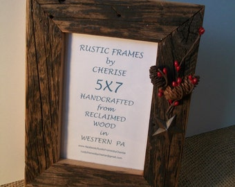 Rustic Barn Wood, 5x7 Picture Frame, with Red Berry Decoration