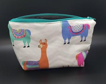 13b0bdfec770eb Llama makeup bag