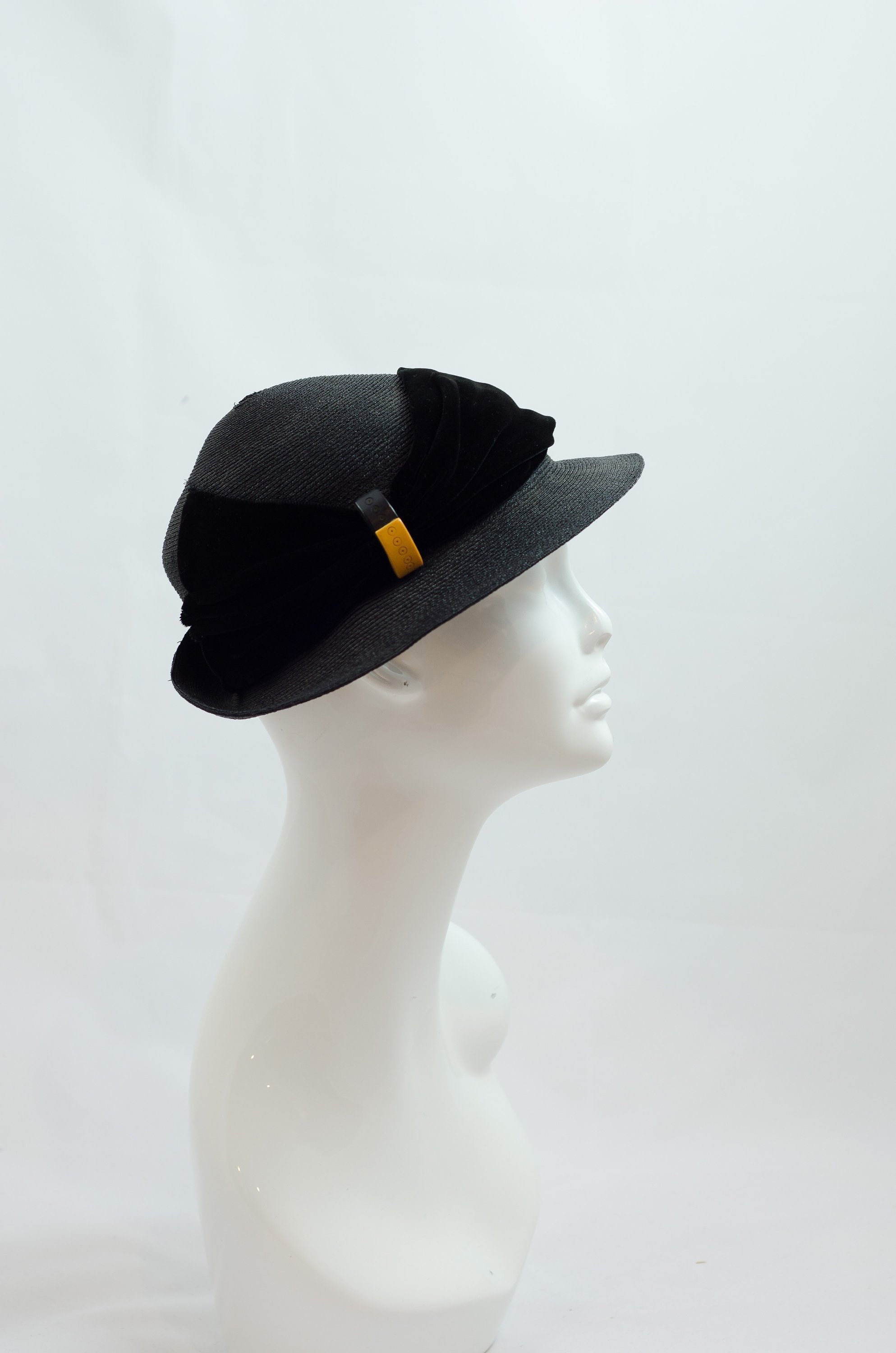 a9b03b9e 1930s Vintage Hat Black Straw Hat with Velvet Band and Black | Etsy