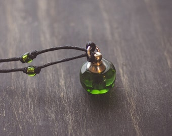 Green Petite  Essential Oil Necklace