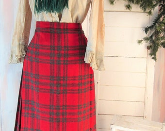 3dbc1145e9 Vintage Plaid Skirt Vintage Wool Skirt Scottish Wool Skirt Vintage Kilt Skirt  Vintage Moffat Skirt Tartan Skirt
