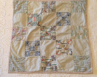 Handmade Quilt Patchwork Feed Sack Upcycled Lace Collar with Bow