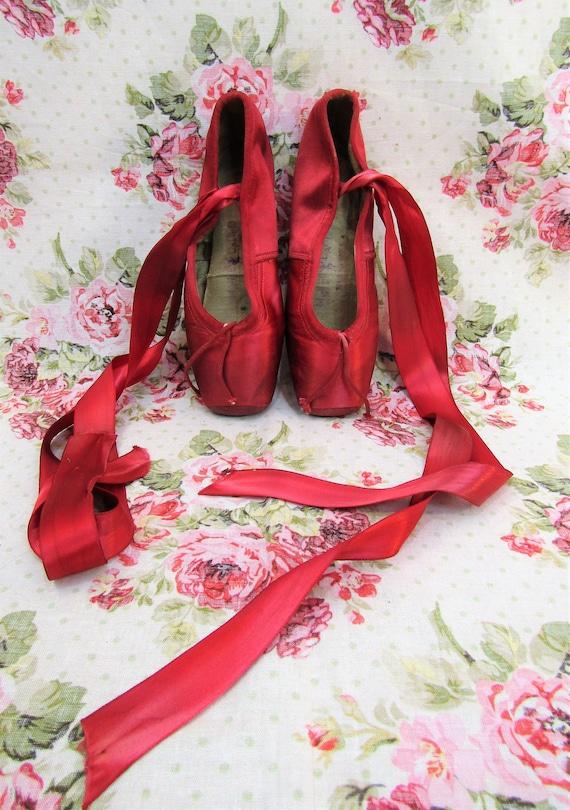 Vintage Ballet Shoes Vintage Red Satin Ballet Sho… - image 2