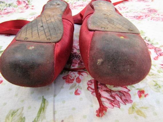 Vintage Ballet Shoes Vintage Red Satin Ballet Sho… - image 6