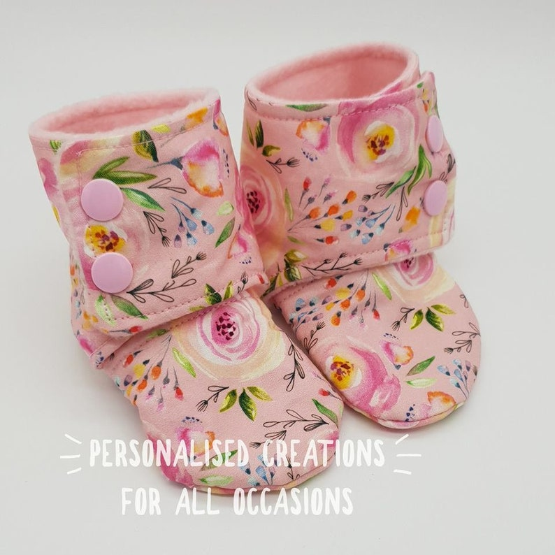 56335ad4cd8c0 Pink floral Stay on Baby Booties - Size 6-9 months- Baby Shoes - Baby  booties - Baby girl