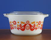 Vintage Pyrex 473 Friendship Casserole with Lid - U.S.A - 1970s