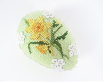 Vintage Embroidered Cross Stitch Daffodil Easter Egg - Yellow Daffodil Green Cross Stitched Egg