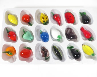 Vintage Set of 18 Glass Fruit Pieces - 18 Miniature Pieces Glass Fruit