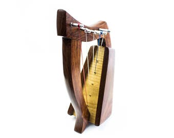 Dannan 5-String Celtic Wooden Harp with a Rosewood Finish