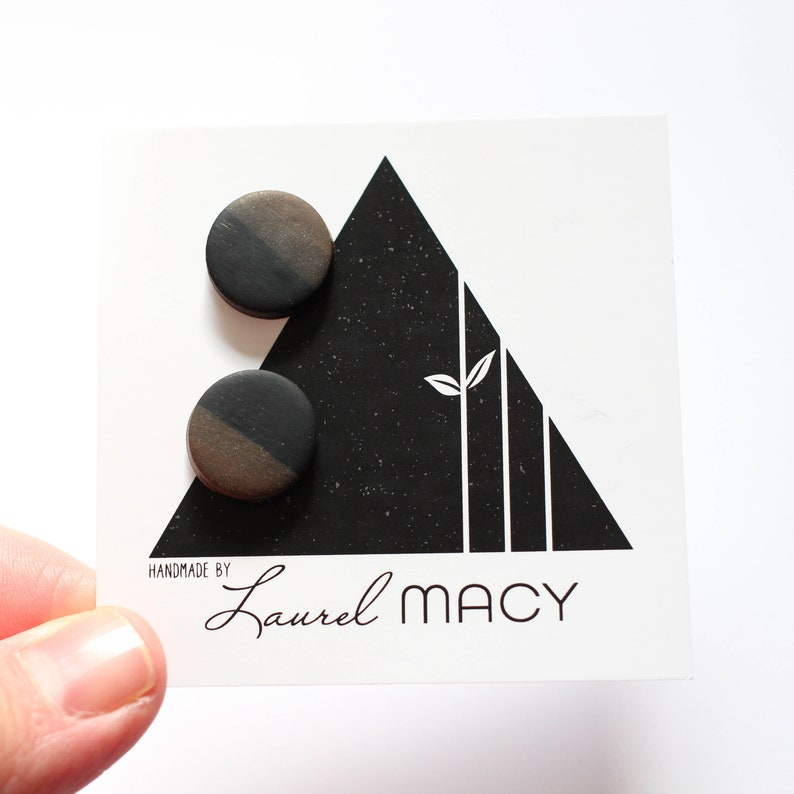 One of a Kind Laurel Macy Classic Studs Earrings 0479 image 0