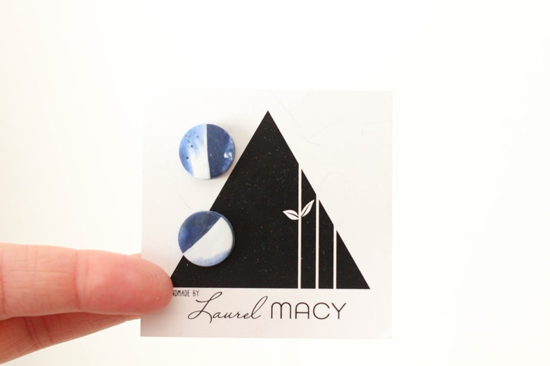 One of a Kind Laurel Macy Classic Studs Earrings 0492 Navy image 0