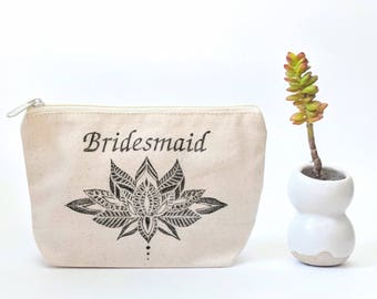 Boho Bridesmaid Gift, Personalized Name Makeup Bag for Bridesmaids, Custom Cosmetic Bag for Wedding Party, Bridal Party Thank You Gift