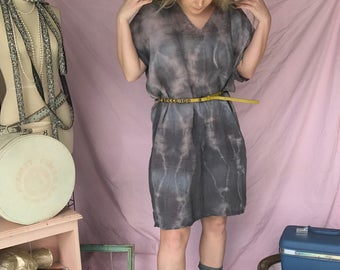 Shift dress  in lightweight organic cotton gauze handdyed and handmade by Simmer Clothing .Great for beachwear, cruisewear and coverup.