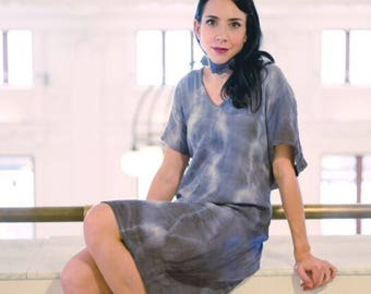 Organic Cotton  Dress in denim blue by Simmer Clothing. Cruisewear, Beachwear, summer dress, coverup , shibori caftan, shibori dress