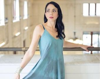 Maxi dress in blue in hand dyed organic cotton. Great cruisewear, beachwear or after yoga. Blue summer dress! Shibori dress