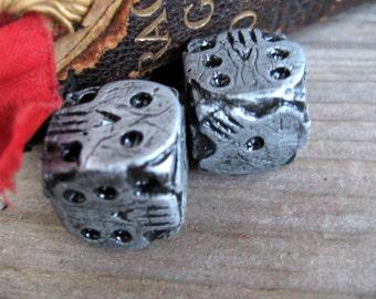 Hand made silver skull dice, nightmare oogie boogie dice, gaming geek dice