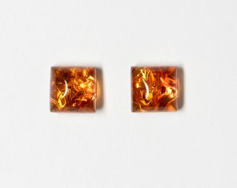 Red amber square 6 x 6 mm, plug real silver